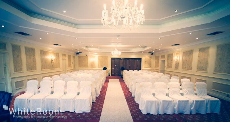 Wentbridge-House-Hotel-Pontefract-Wedding-Photographer_0015