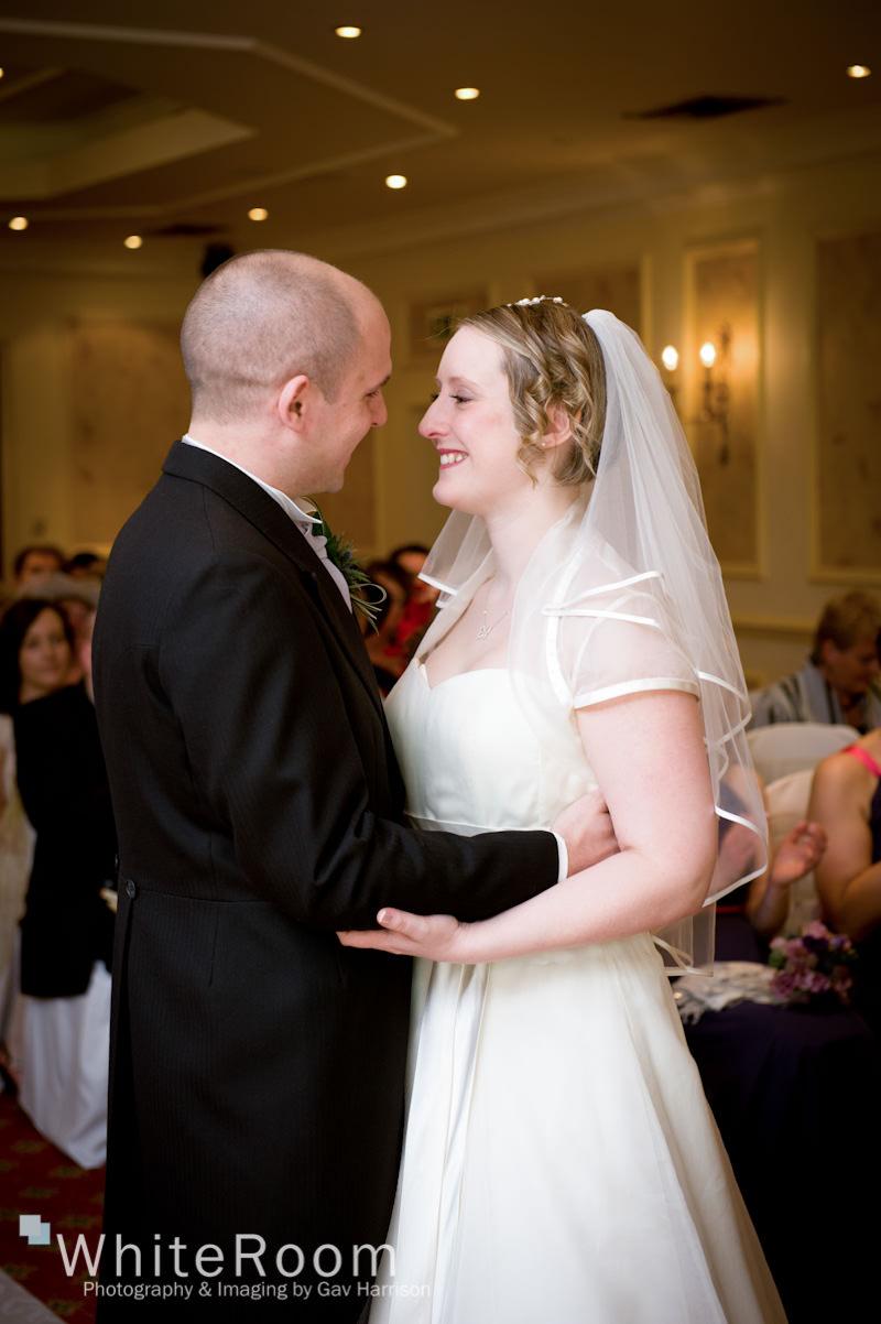Wentbridge-House-Hotel-Pontefract-Wedding-Photographer_0030