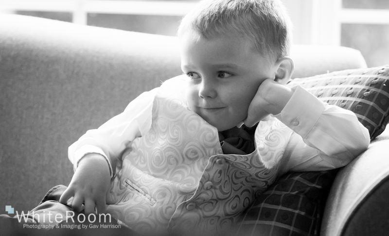 Wentbridge-House-Hotel-Wedding-Photography_0011