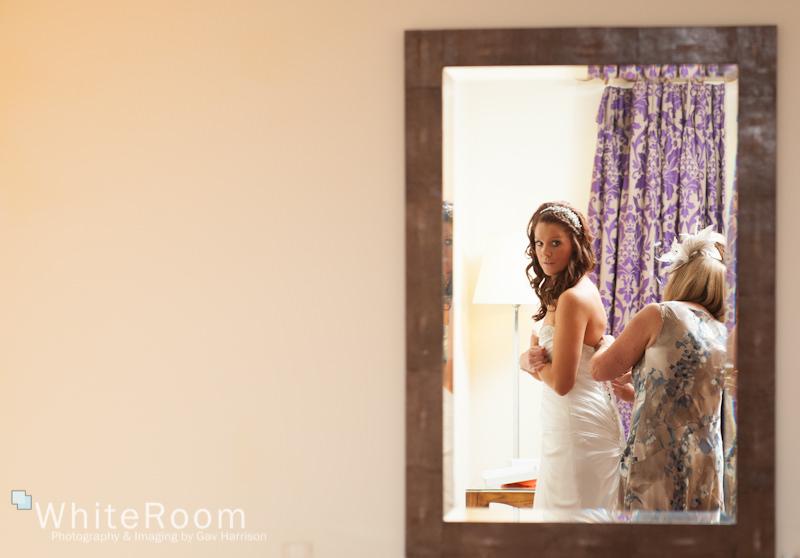 Wentbridge-House-Hotel-Wedding-Photography_0017
