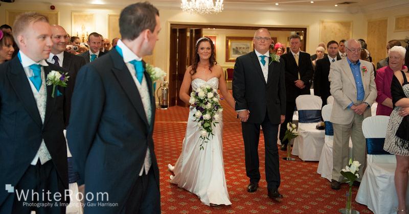 Wentbridge-House-Hotel-Wedding-Photography_0022