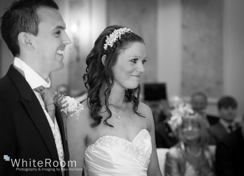 Wentbridge-House-Hotel-Wedding-Photography_0023