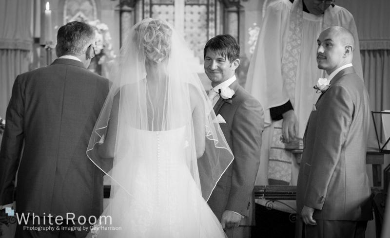 Wentbridge-House-Pontefract-Jubilee-wedding-photography_0026