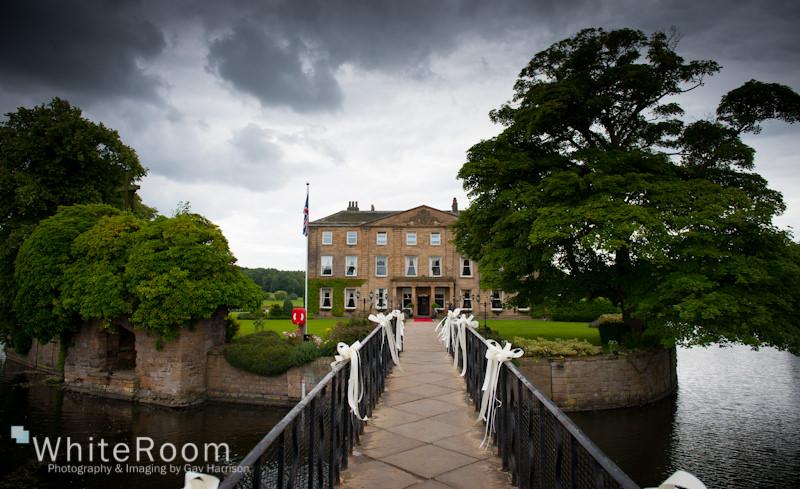 Waterton-Park-Walton-Hall-Wedding-Photography_0049