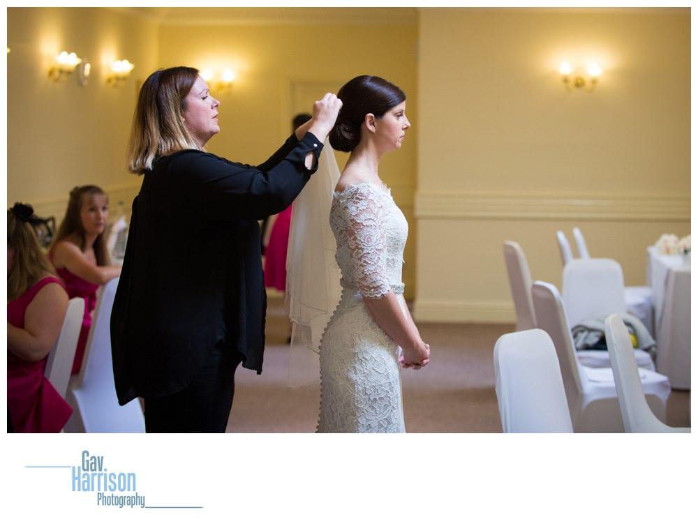 Pontefract-Wedding-Photographer-Bagden-Hall_0006