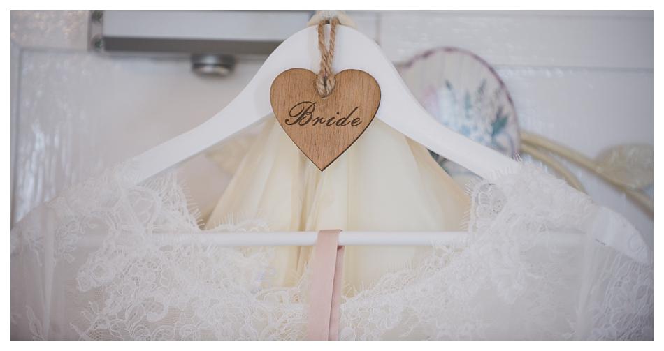 Victoria-Hotel-Robin-Hoods-Bay-Wedding-Photography_0016